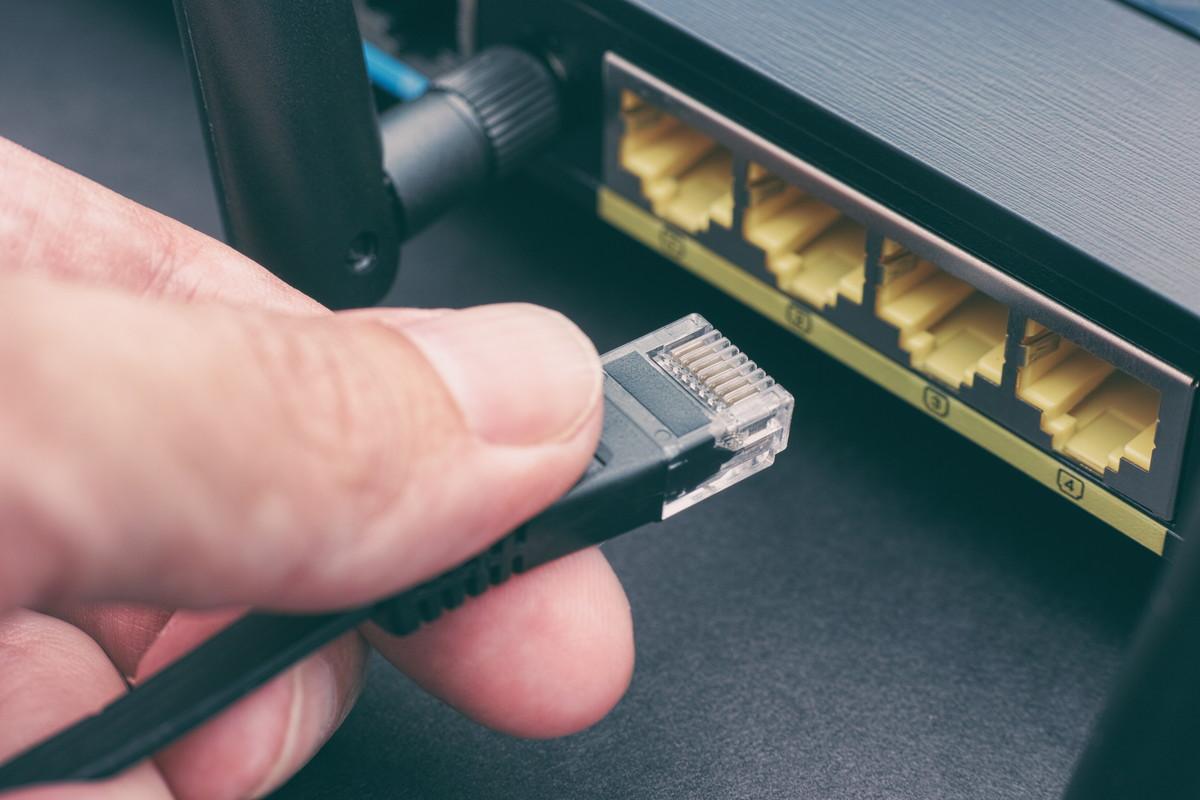 Wi-Fi接続のためのLANケーブルの選び方を分かりやすく解説