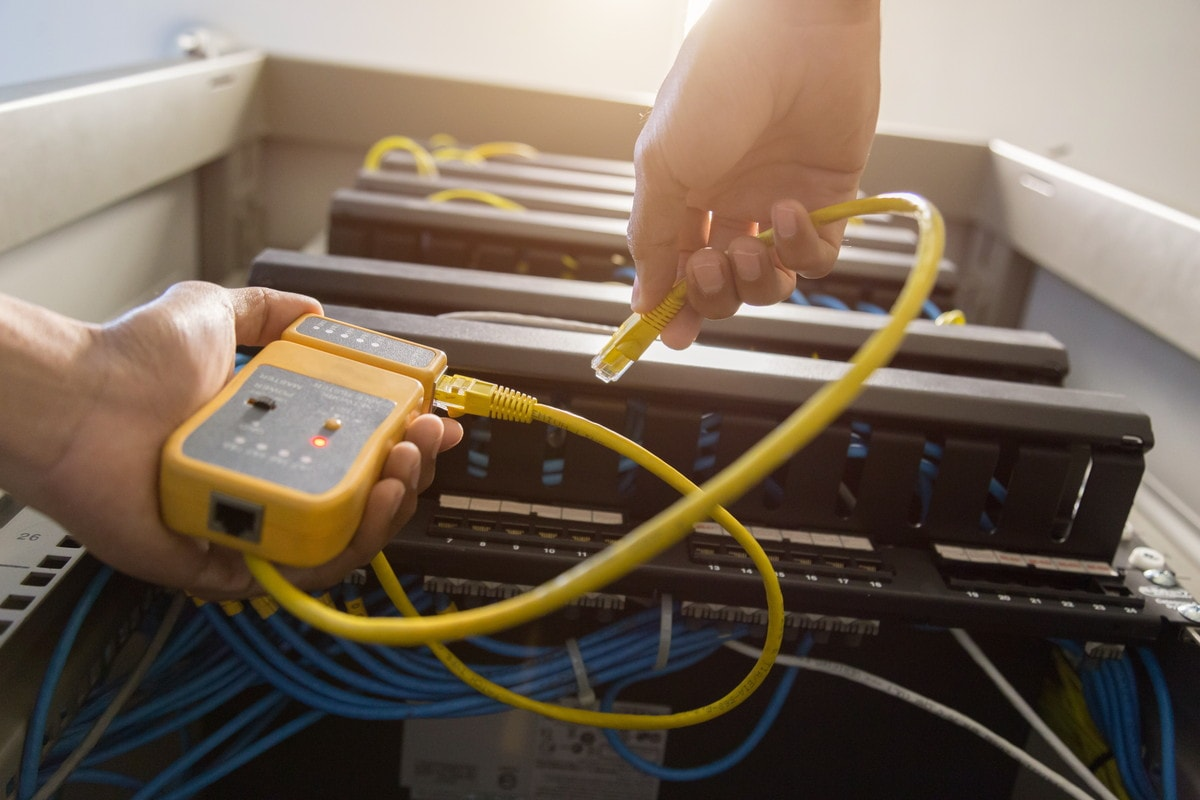 LANケーブルの抵抗値とは?速度との関係をわかりやすく解説
