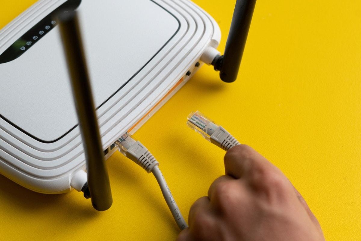 LANケーブルをWi-Fiにつなぐために知っておくべきこと