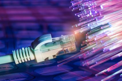 LANケーブルの種類は通信速度・素材などで選ぶ!選び方3つのポイントを紹介