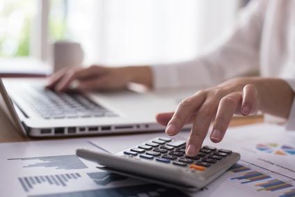 LANケーブルの耐用年数と必要な会計処理