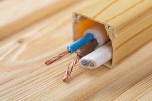 配線ダクトのメリットや使い方3例を紹介