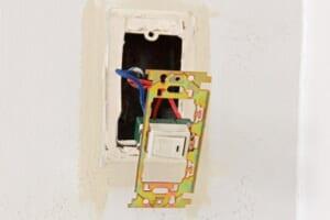 電気配線はDIYで(自分で)できる?知らないとまずい注意点